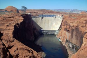 Glen_Canyon_Dam_and_Bridge